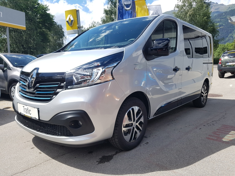 RENAULT Trafic SpaceClass Energy dCi 145 Twin-Turbo